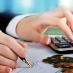 Tiền lương tháng thứ 13 có phải tính thuế TNCN không? Có được coi chi phí hợp lý không?