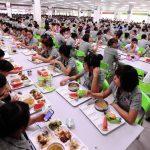 Băn khoăn về kế toán làm việc cho công ty cung cấp xuất ăn