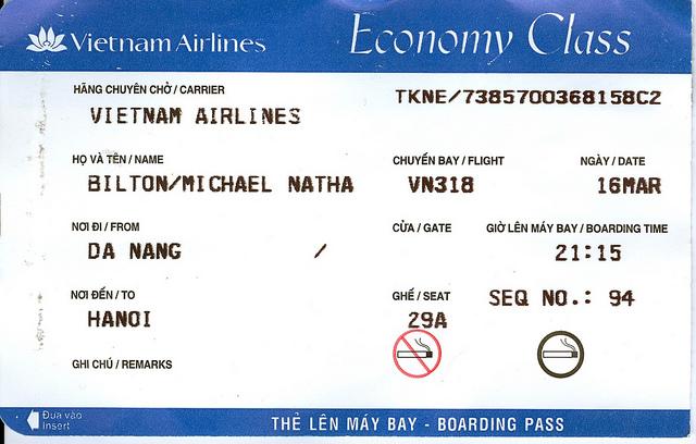 Việc di chuyển bằng vé máy bay là chuyện thường xảy ra tại mỗi doanh nghiệp