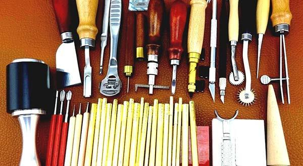 hạch toán công cụ dụng cụ trên misa